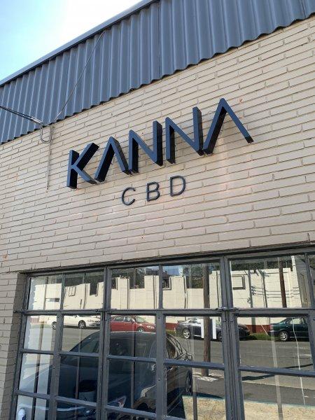 Kanna CBD – Halo Lit Channel Letter Sign