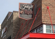 Jekyll & Hyde Taphouse Blade Sign