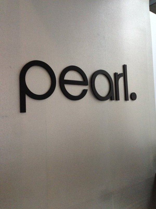 Pearl Dentistry Interior Sign