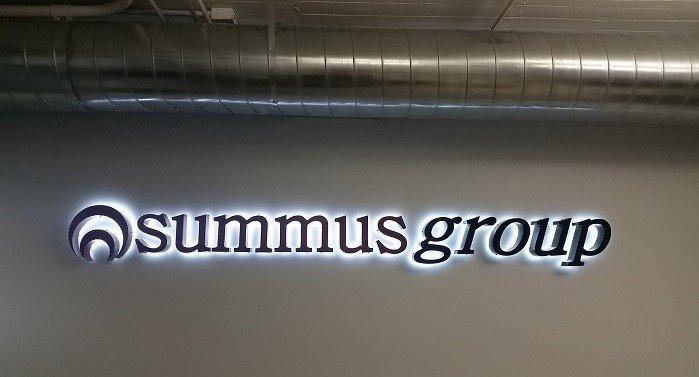 Summus Group Lobby Sign