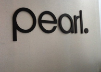 Pearl Dentistry Interior Sign