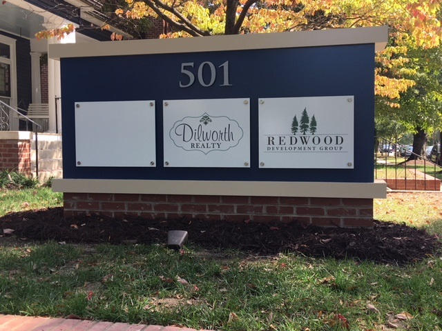 monument signs, signs charlotte, signs nc, custom signs, monument signs charlotte, signs, business signs, streetside signs, office signs, tenant panels, exterior signs, outside signs, outdoor signs, custom made signs,