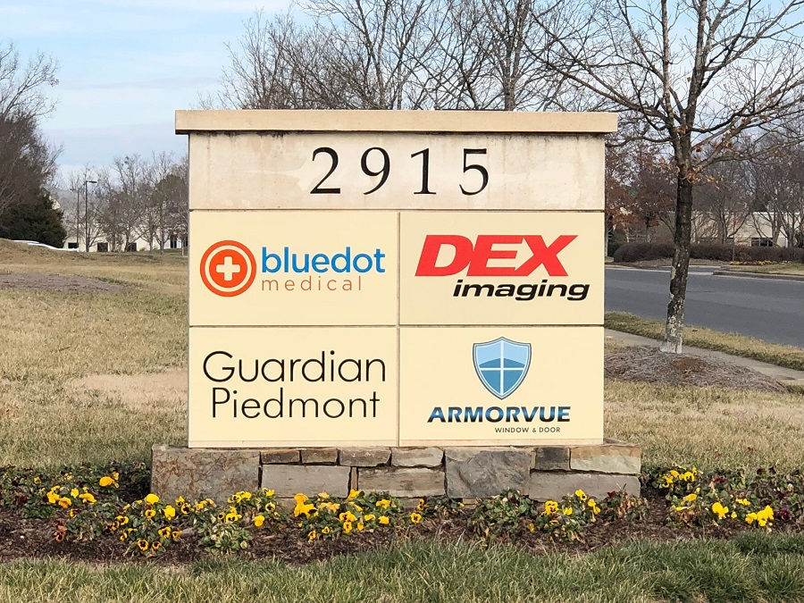 logo signs, vinyl signage, office signage, office signs, signs, custom signs,