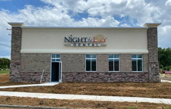Night and Day Dental Wall Signage